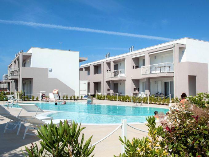 residence con piscina –